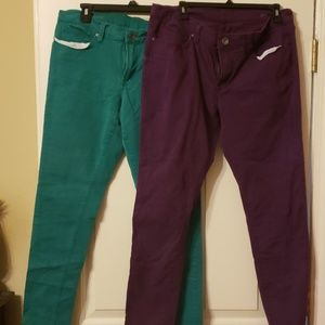 Lot of 2 colored jeans sz 33/16